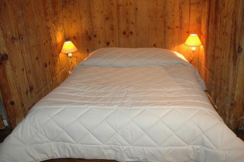 Jeté et chemin de lit avec 2 piquages